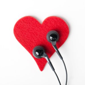 heart with earbuds